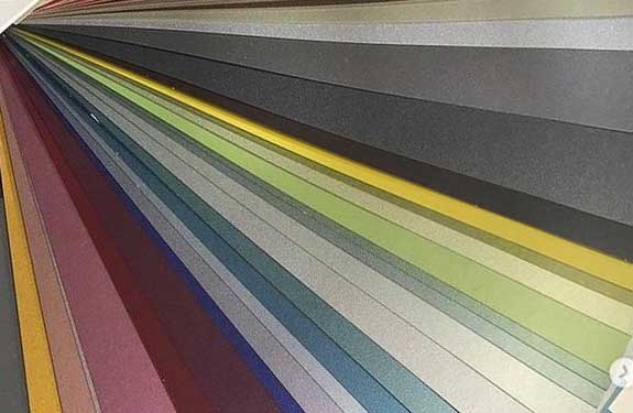 Farbmischservice bei Malermeister Kessler - individuelle Farben auswähle