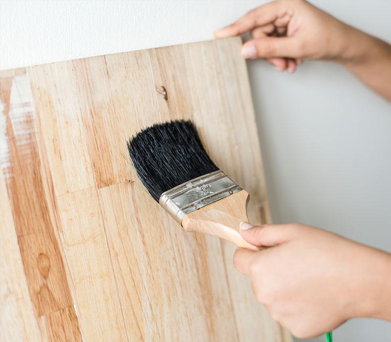 Hochwertige Lacke Lasuren und Holzschutz - Lackiererarbeiten vom Malerbetrieb Kessler