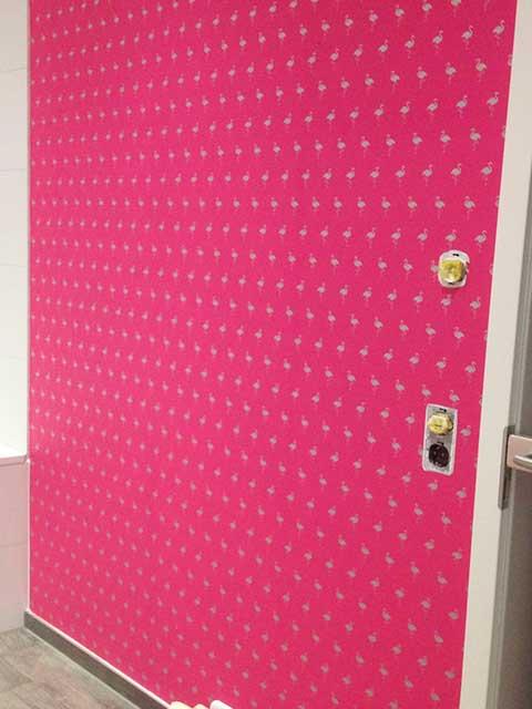 Malermeister Kessler Tapezierer Arbeiten hier kreative Wandbekleidung im Bad