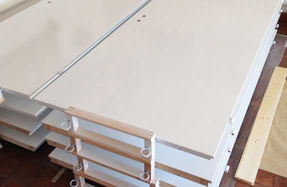 Material und Zubehör für Anstrich und Streicharbeiten selbst auswählen - Showroom Malermeister Kessler
