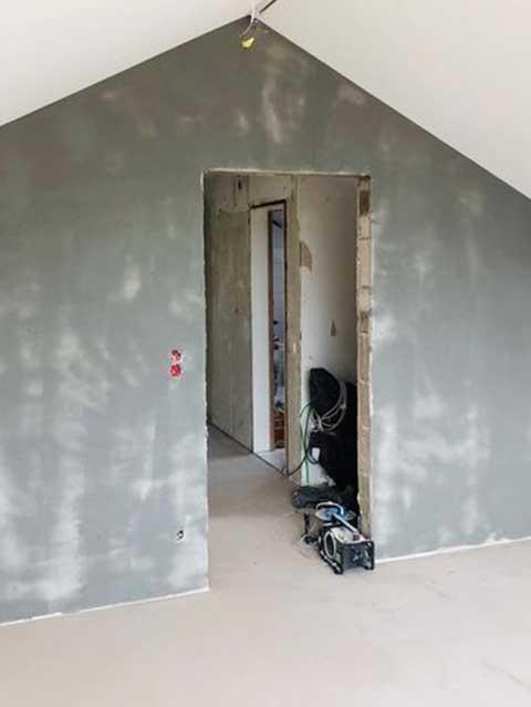Wände mit Betonoptik - Malerarbeiten vom Malerbetrieb Kessler aus Herrenberg 2019